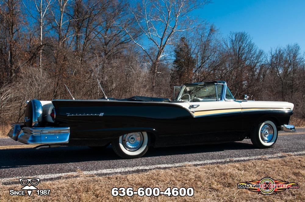 1957 Ford Fairlane 500 Sunliner Restomod #7