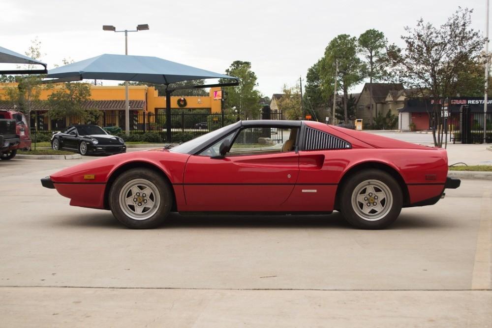 1982 Ferrari 308GTSI #3