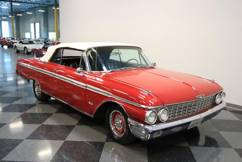 1962 Ford Galaxie 500 Sunliner #24