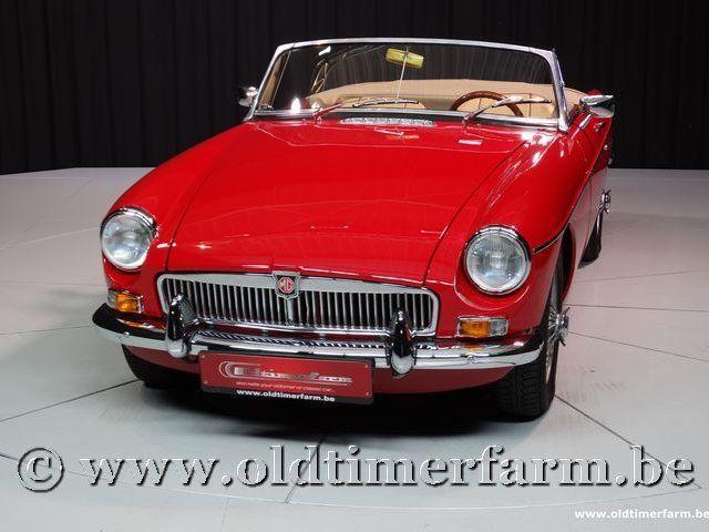 MG B Roadster Red '67 #85