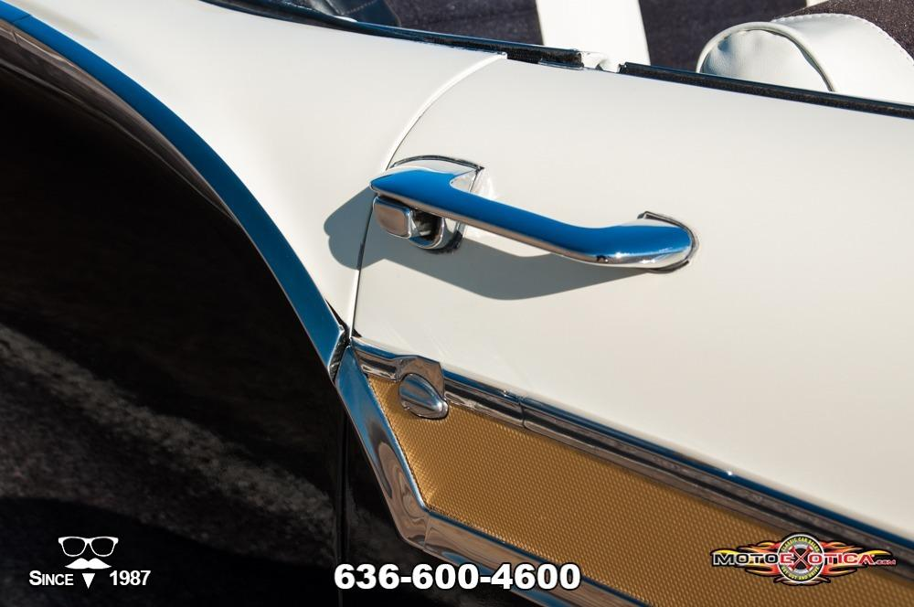 1957 Ford Fairlane 500 Sunliner Restomod #33