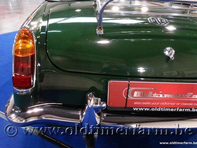 MG B Roadster Green '66 #41