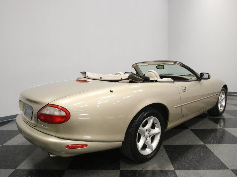 2000 Jaguar XK8 #23