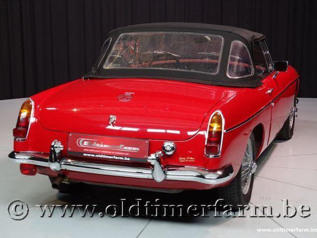 MG B Roadster Red '67 #197