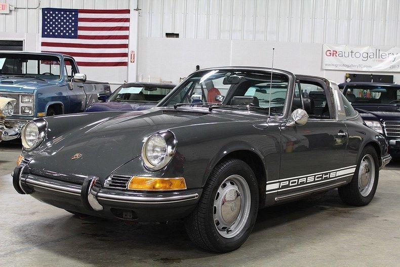 1969 Porsche 911 T #16