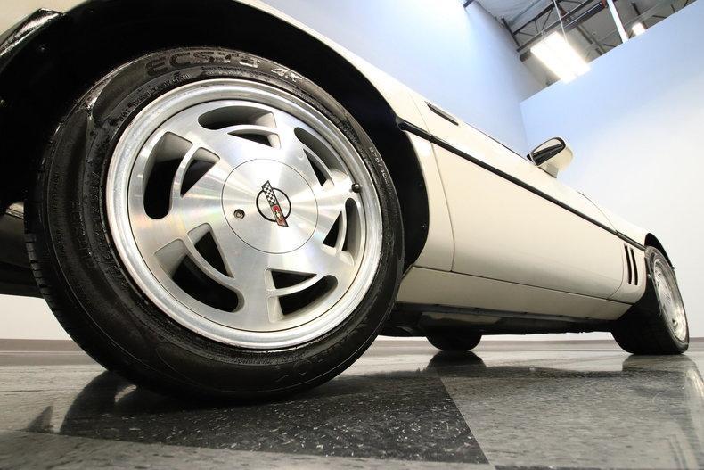 1988 Chevrolet Corvette #19