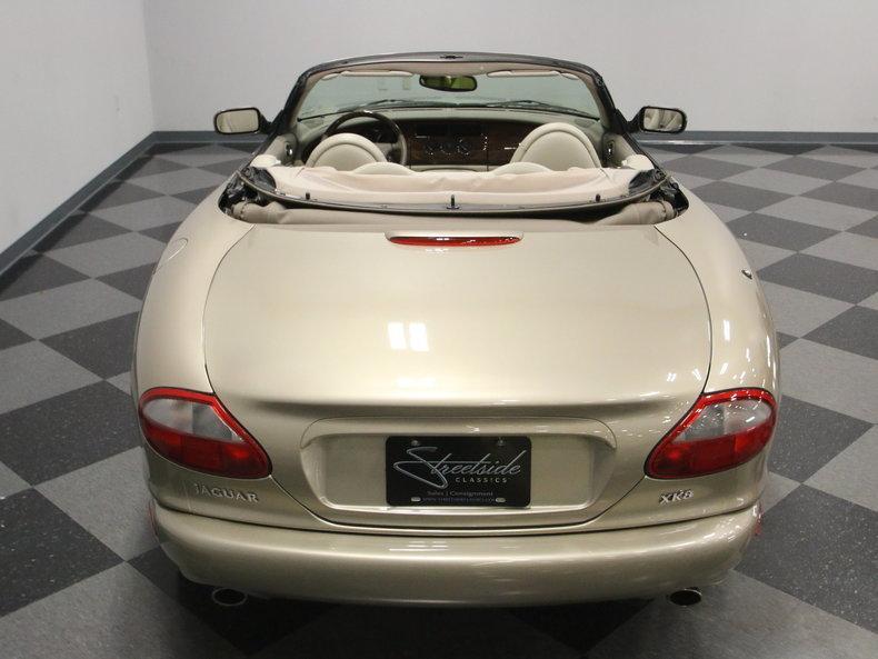 2000 Jaguar XK8 #22