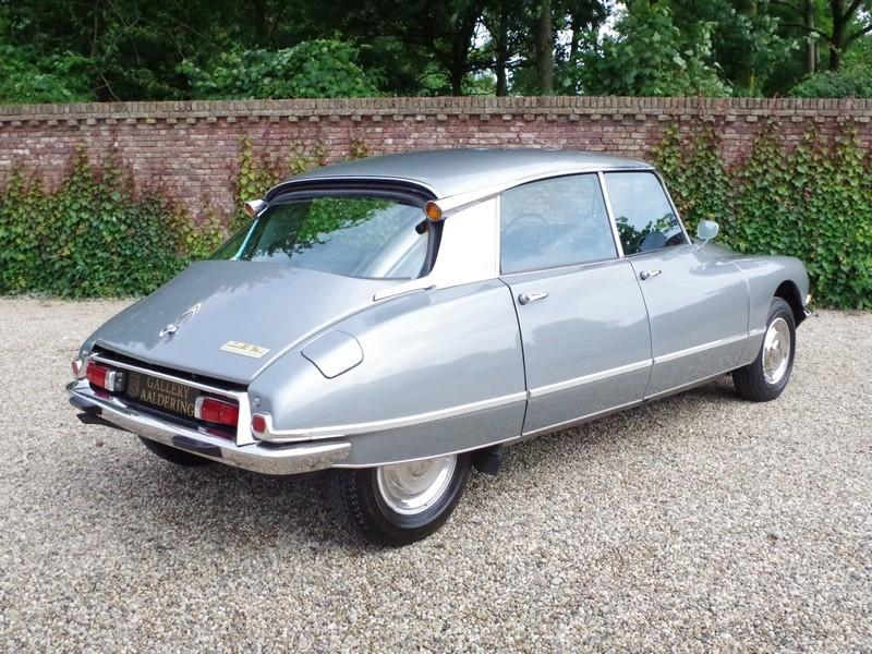 CITROËN DS21 PALLAS INJECTION WITH SUNROOF AND MANUAL GEARBOX! . (1970) #33