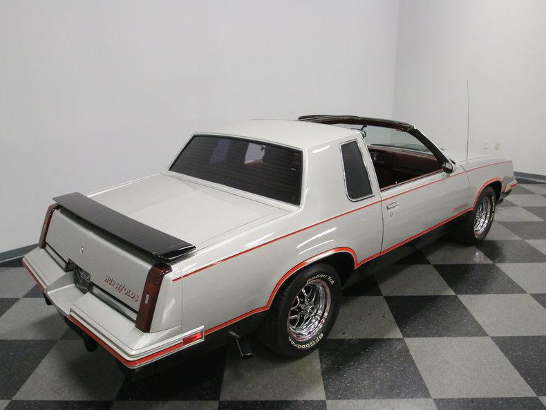 1984 Oldsmobile Cutlass Hurst/Olds #22