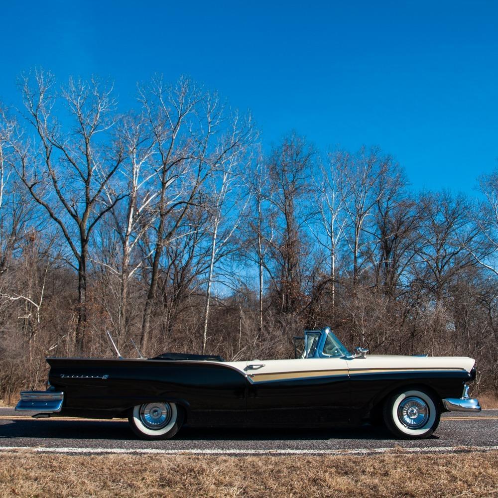 1957 Ford Fairlane 500 Sunliner Restomod #120