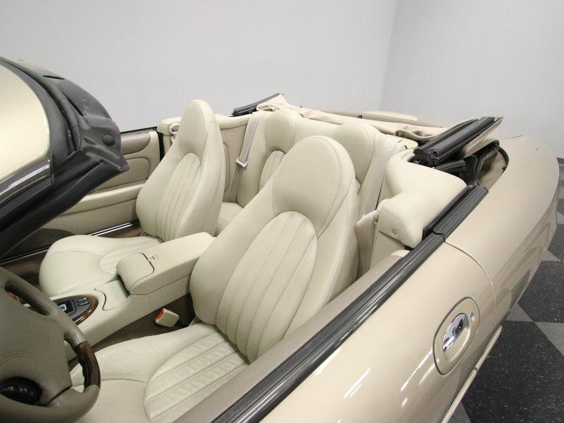 2000 Jaguar XK8 #60