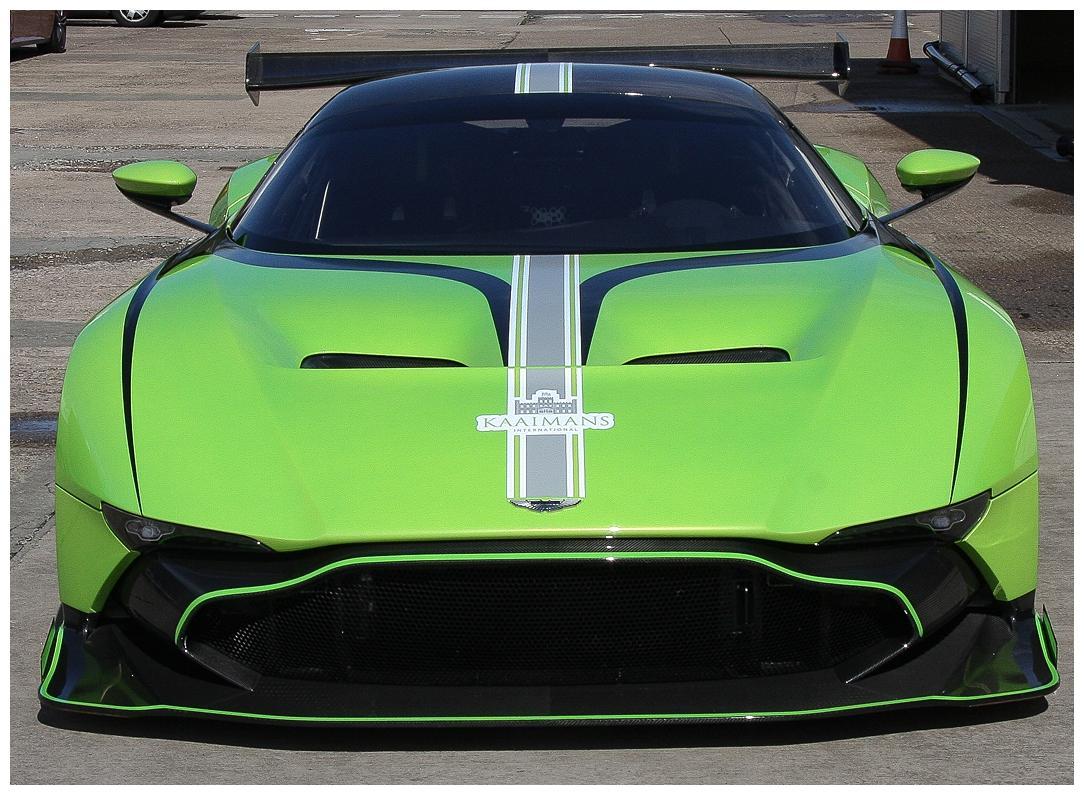 Aston Martin Vulcan (Vat Qualifying) #7