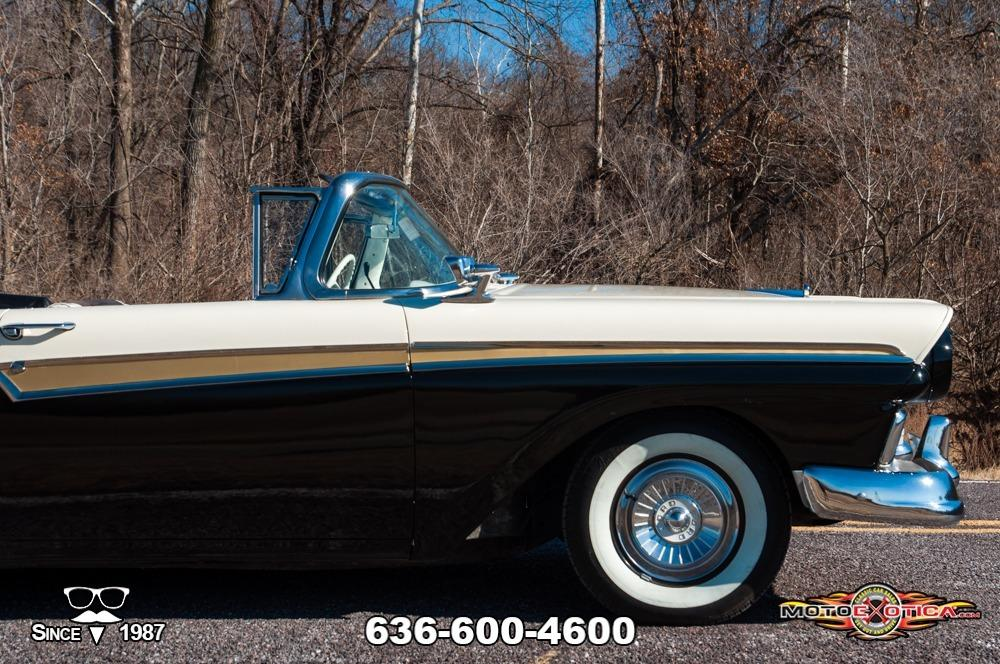 1957 Ford Fairlane 500 Sunliner Restomod #26