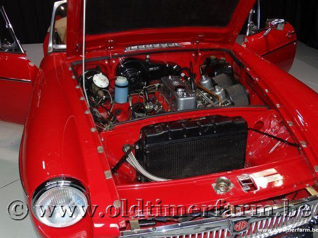 MG B Roadster Red '67 #172
