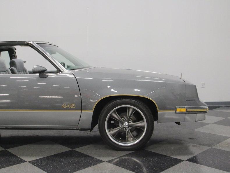 1985 Oldsmobile 442 #26