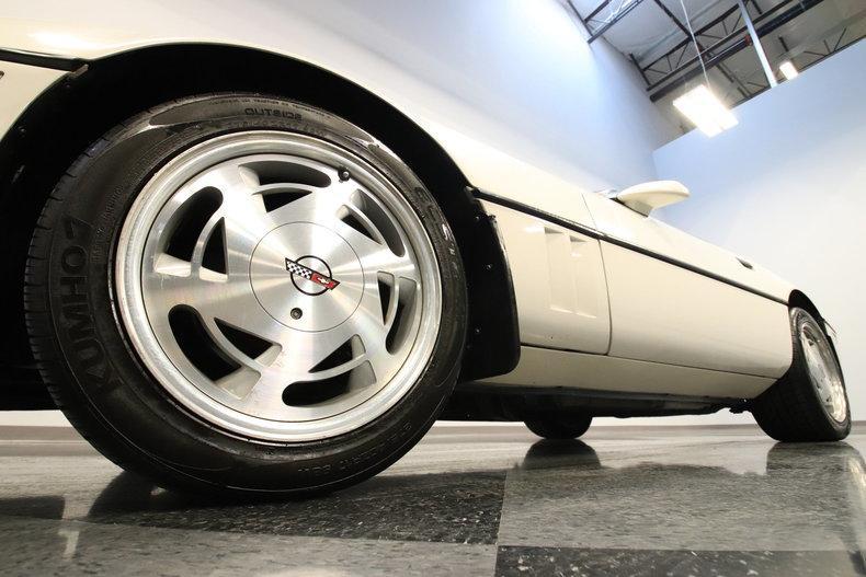 1988 Chevrolet Corvette #8