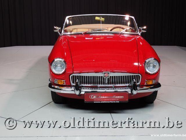 MG B Roadster Red '67 #84