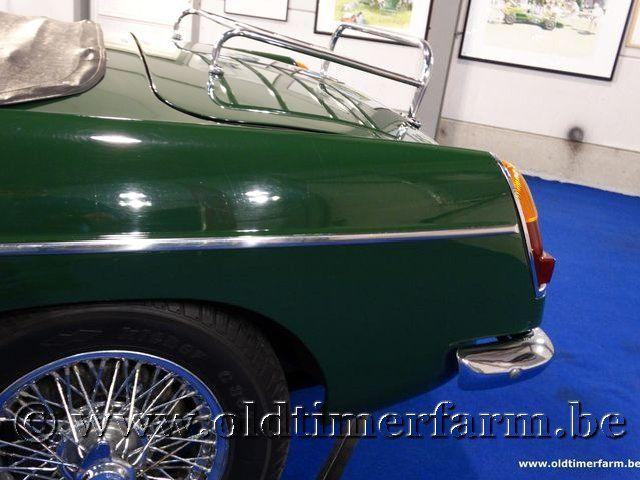 MG B Roadster Green '66 #45