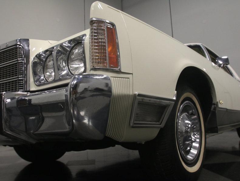 1975 Chrysler New Yorker Brougham #64