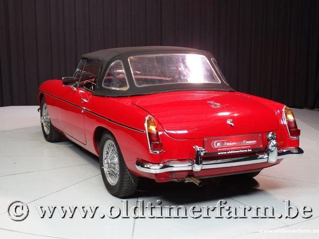 MG B Roadster Red '67 #221