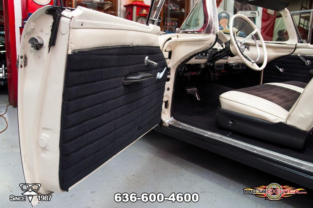1957 Ford Fairlane 500 Sunliner Restomod #65