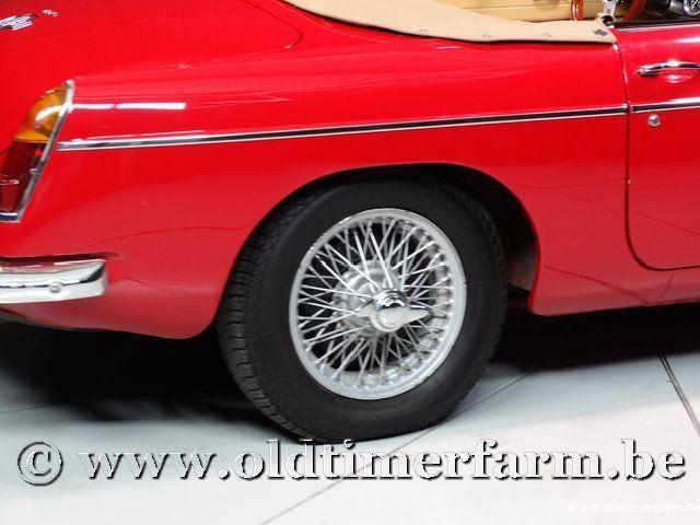 MG B Roadster Red '67 #99