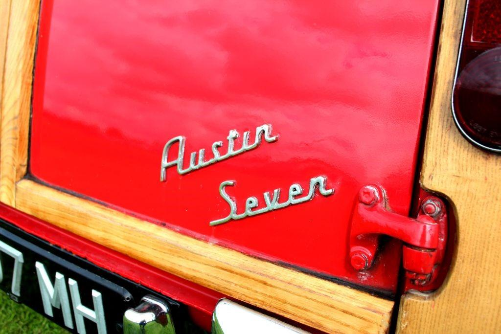 Austin Mini Countryman De-Luxe #14