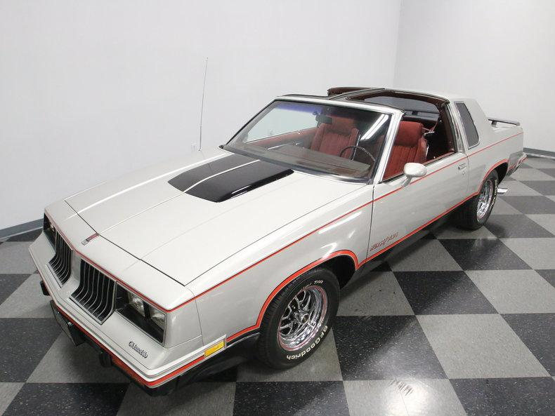 1984 Oldsmobile Cutlass Hurst/Olds #9