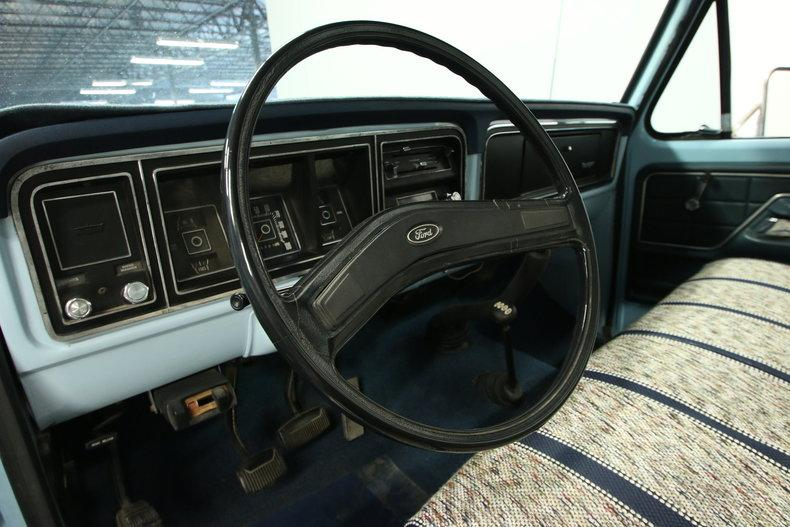 1976 Ford F-150 #35