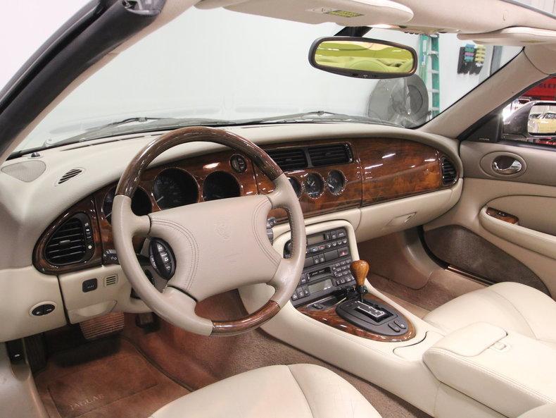 2000 Jaguar XK8 #44