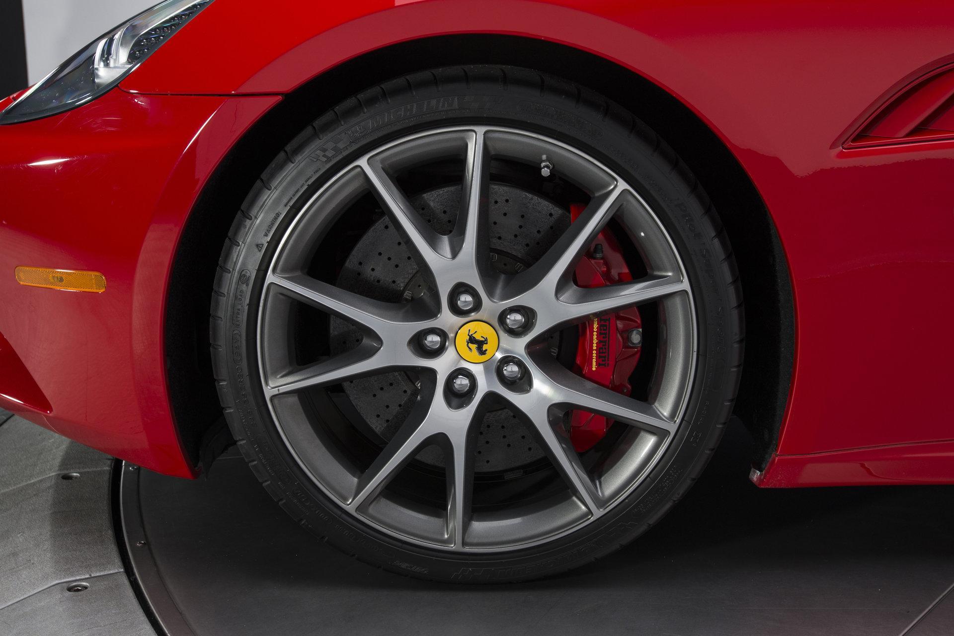 2010 Ferrari California2010 Ferrari California #36