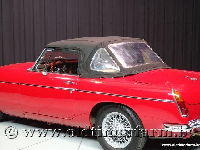 MG B Roadster Red '67 #194