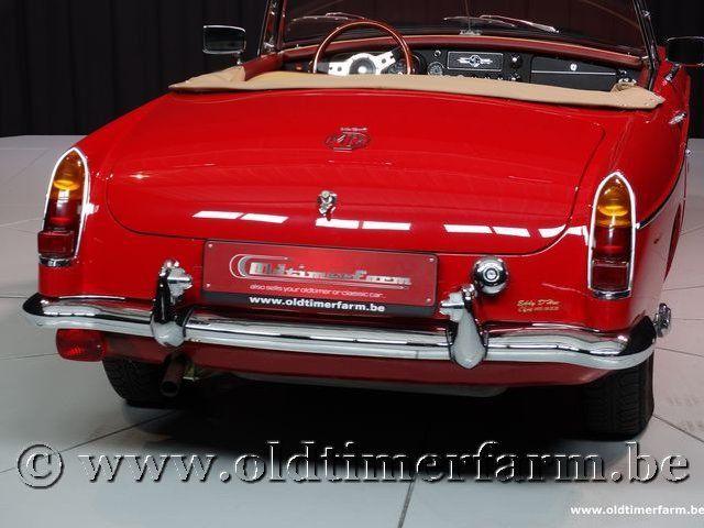 MG B Roadster Red '67 #94