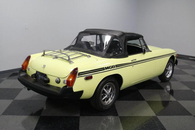 1976 MG MGB #16