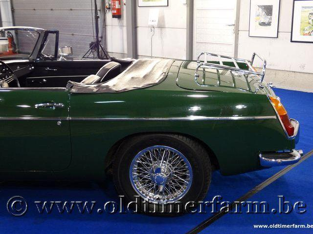 MG B Roadster Green '66 #10