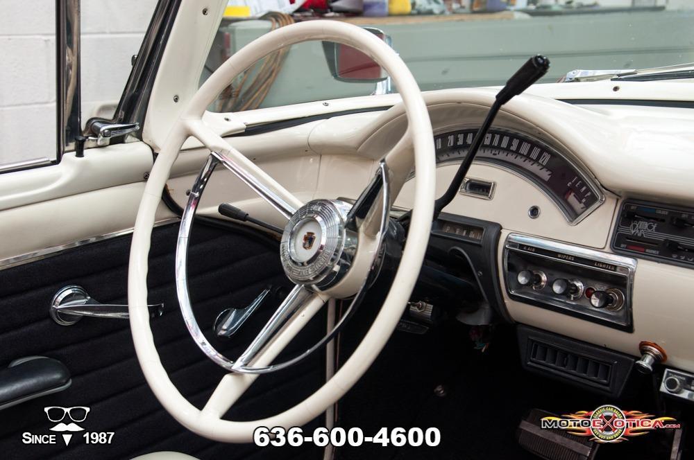 1957 Ford Fairlane 500 Sunliner Restomod #92