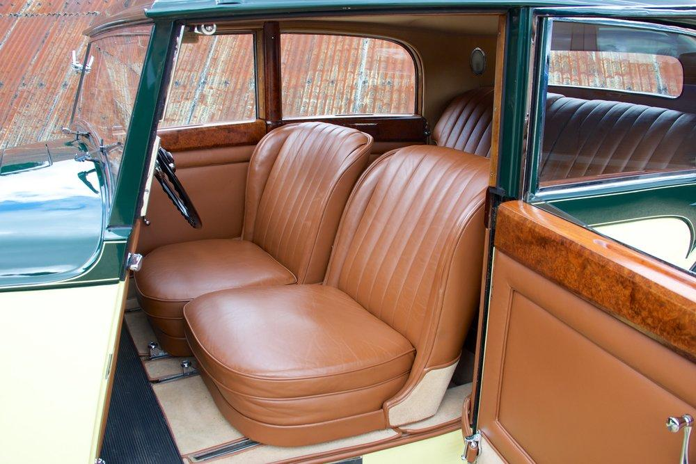 1935 Bentley 3½ Litre Saloon by Freestone & Webb #9