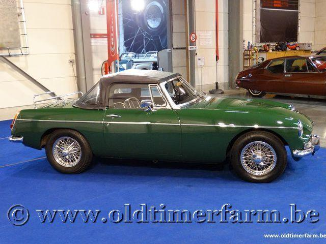 MG B Roadster Green '66 #120