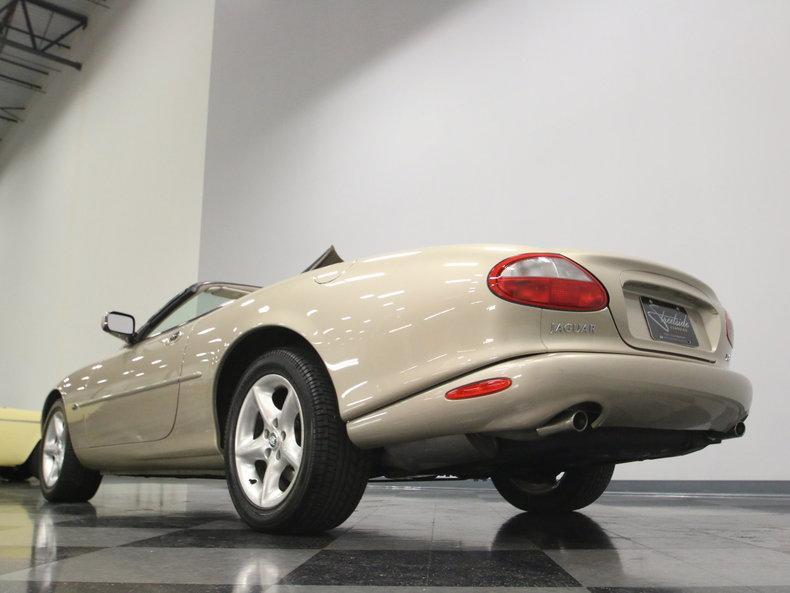 2000 Jaguar XK8 #20