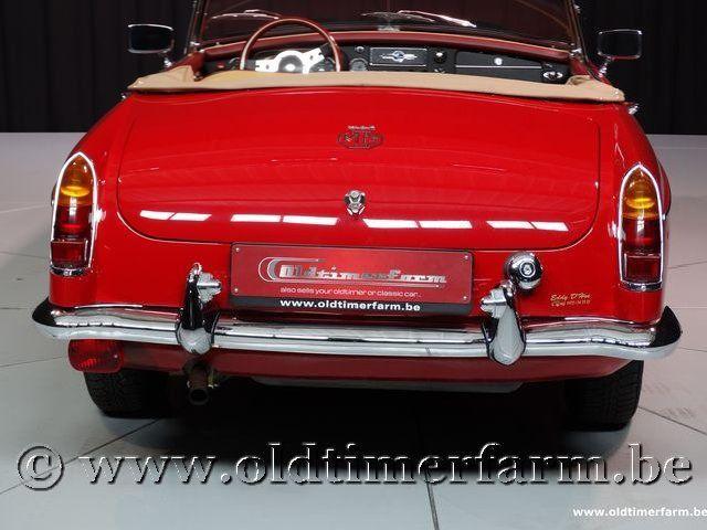 MG B Roadster Red '67 #93