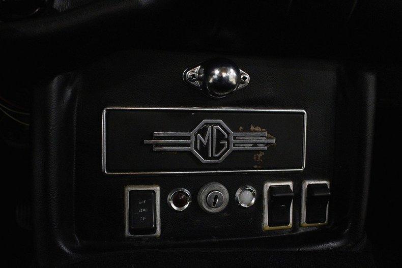 1970 MG MGB GT #40