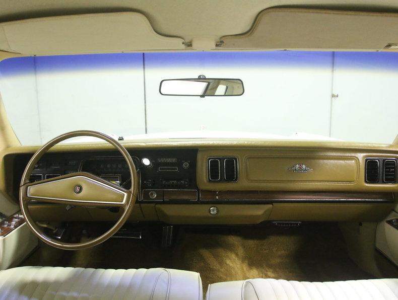 1975 Chrysler New Yorker Brougham #47