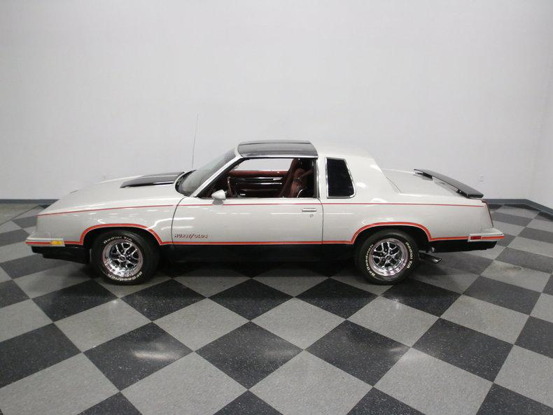 1984 Oldsmobile Cutlass Hurst/Olds #12