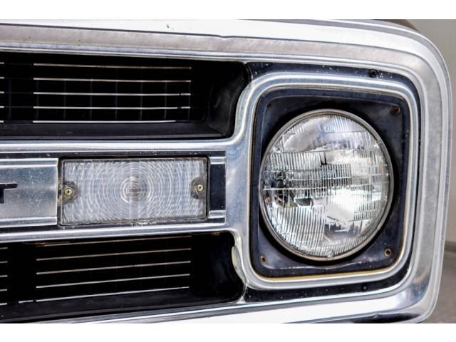 Chevrolet Pickup Custom Camper V8 #49