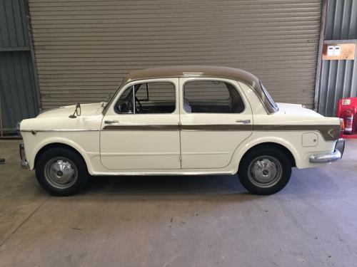 Agnelli's one-off Fiat 130 station wagon | Autoclics.com on fiat 500x for sale, bmw 1100 for sale, fiat supersonic for sale, fiat 1100 tools, fiat 2000 for sale, fiat topolino for sale, fiat 1500 for sale, fiat 600 for sale, fiat 1100 tv, 1950 fiat for sale, fiat jolly for sale, new holland 1100 for sale, fiat strada for sale, 1960 fiat for sale, fiat 1100 cars, fiat 125 for sale, fiat 128 for sale, fiat 850 for sale, fiat multipla for sale, fiat 1400 for sale,