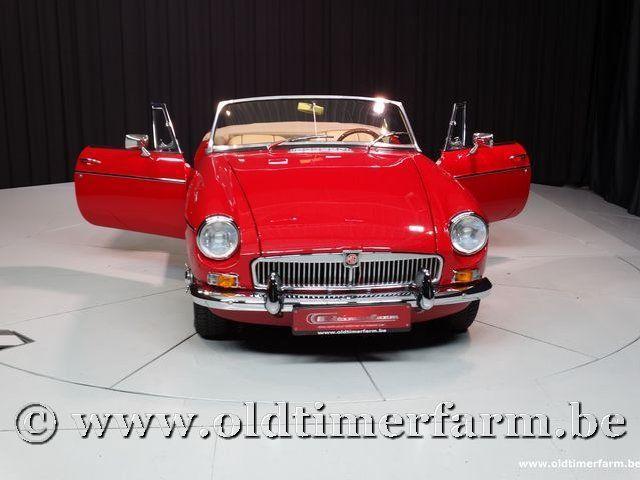 MG B Roadster Red '67 #120