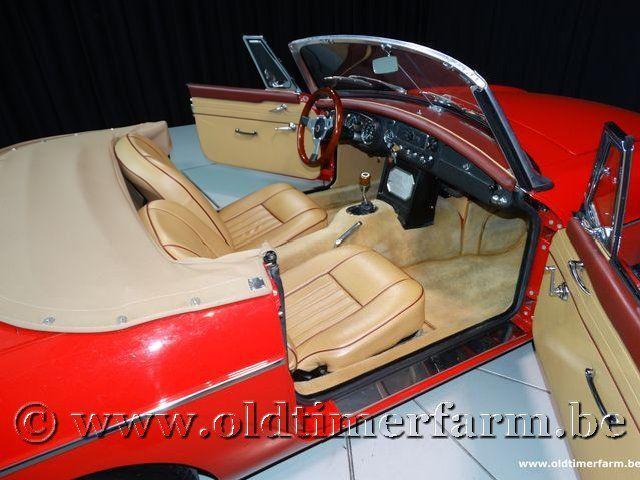 MG B Roadster Red '67 #165