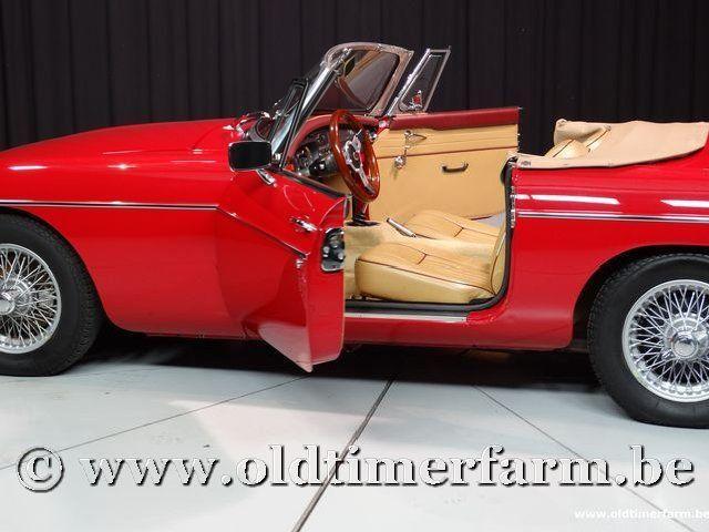 MG B Roadster Red '67 #130