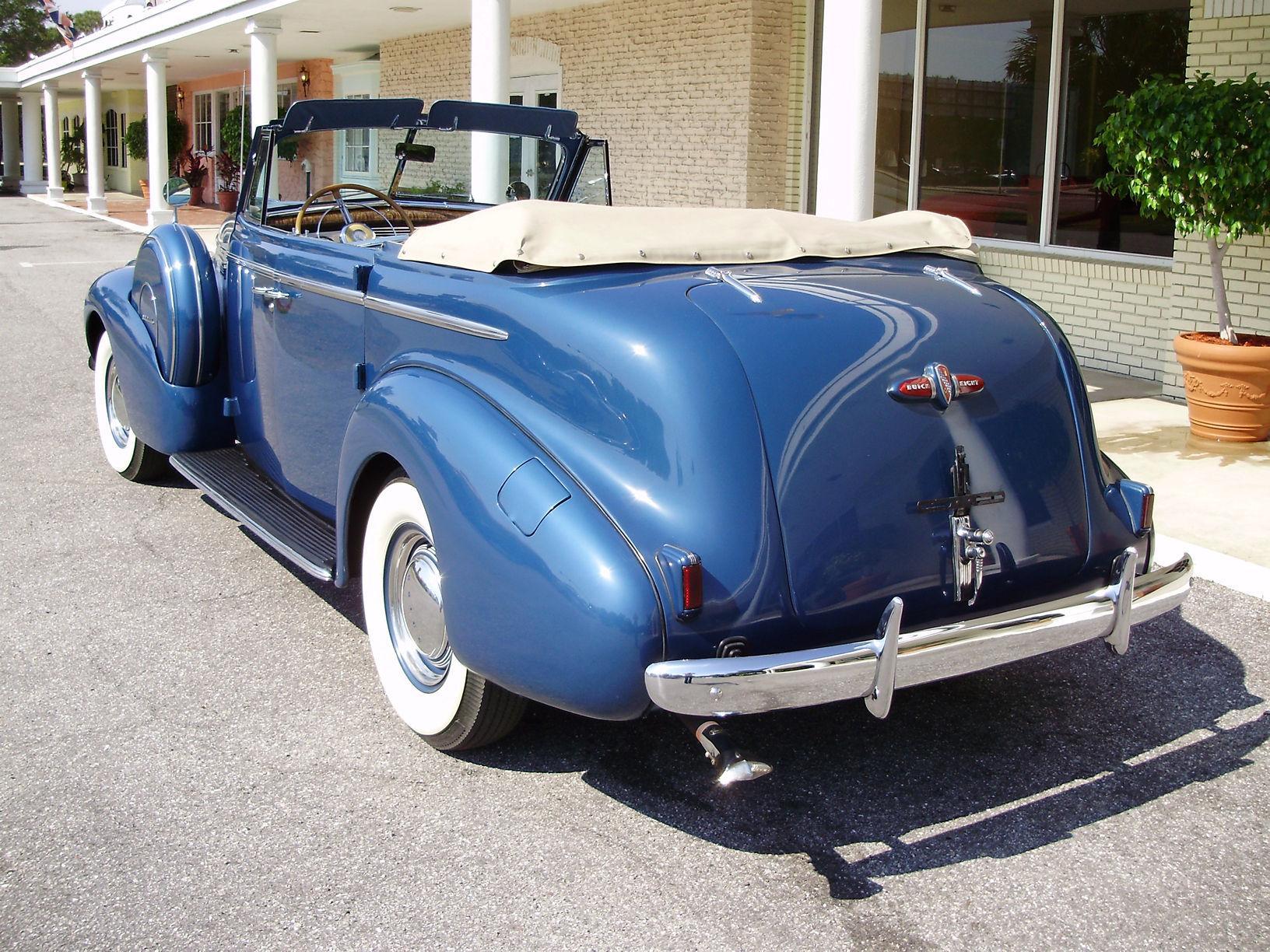 1940 BUICK CENTURY CONVERTIBLE SEDAN - Vintage Motors of Sarasota Inc. #5