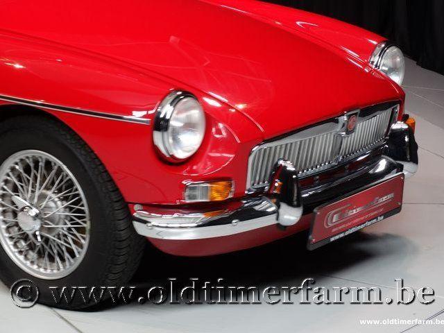 MG B Roadster Red '67 #107